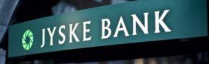 Facade med skilt og logo - Jyske Bank på Gammel Torv - Gammeltorv.